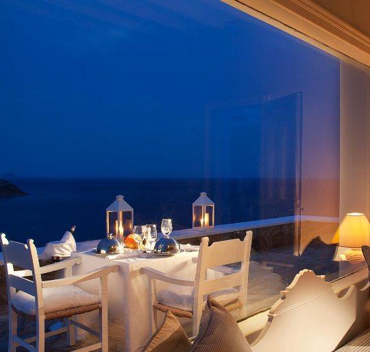 Honeymoon in Mykonos