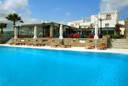 Family Hotel In Paros Alesahne Beach Santorini