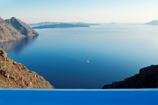 Luxury hotels in Santorini